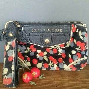Juicy couture   cherry wristlet